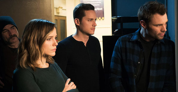Sophia Bush e elenco de Chicago P.D.