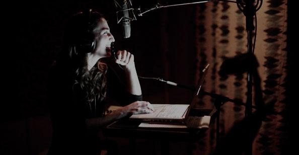 Sara Bareilles em estúdio